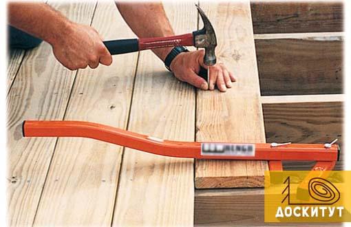 Приспособление для стяжки пола деревянного